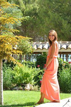 Marta Serrano: Fotografías Ana Razola ( ) copyright all rights reserved Shoulder Dress, One Shoulder, Wrap Dress, Exterior, Dresses, Fashion, Gowns, Moda, Fashion Styles