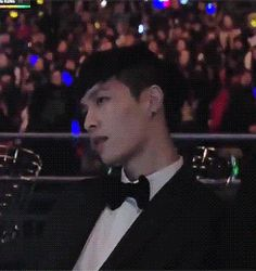 Zhang Yixing's lip bite (gif) I think this was during Bts vs Block B