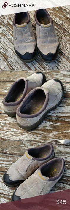 b1b528b97c Columbia Moc Hikers Vintage Columbia Sportswear beige suede mock hiking  shoes. Easy slip on with