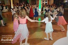 Fun for all ages on the dance floor at Villa Olivia. #ChicagoDJs http://www.discjockey.org/villa-olivia/