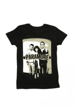 6ac5e263d05d9 Paramore band t-shirt from Hot Topic in love them cx