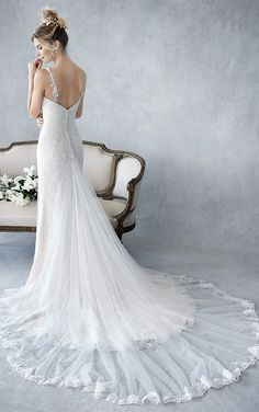 Ella Rosa BE439 | stunning fitted lace gown | sweetheart neckline with low back and spaghetti straps | romantic wedding gown #weddinggown #weddingdress