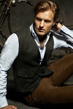 Massimo Dutti Overboard Again with His Lookbook of August We Want it All!