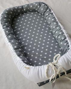 Babynest Waffelpiquét Sterne grau