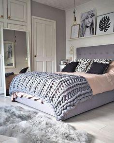 Quartos decorados rosa e cinza. Clique e confira 35 fotos de quartos de decorados incríveis.
