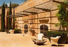 Inside the fortress #caprocat #luxury