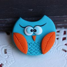 Turquoise owl - Polymer clay handmade brooch