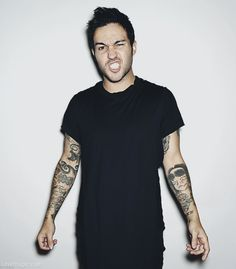 pete wentz//fall out boy Fall Out Boy, Pete Wentz, Save Rock And Roll, Raining Men, Partying Hard, Pop Punk, My Chemical Romance, Music Bands, Emo Bands