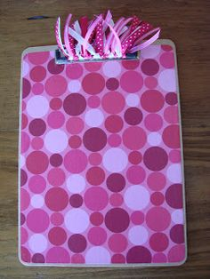 How to Make Decorated Clipboards {Thrifty Gift Idea!}The Frugal Girls in Crafts, Thrifty Gifts