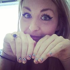 MY DOTTY RAINBOW NAILS ARE SO GOOD THAT I KIND OF FANCY MYSELF
