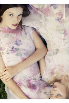 Cacharel Spring 2016 Ready-to-Wear Fashion Show Daily Fashion, Fashion Show, Fashion 2015, Style Fashion, Runway Fashion, Spring Fashion, Paris Fashion, Campaign Fashion, Floral Fashion