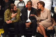 Jake Gyllenhaal Opens Up About His Meme-Inspiring Photo with Beyoncé and Jay Z