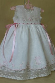22c32c8c1 Will'beth Girls White Color Heirloom Lace Frilly Dress with Bloomers Preemie…  | Heirloom Baby Clothes | Patron robe enfant, Robe Enfant, Robe petite fille