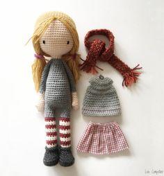 in French / English et crochet en francais Crochet Amigurumi, Crochet Geek, Crochet Slippers, Amigurumi Doll, Knit Crochet, Crochet Hats, Crochet Doll Tutorial, Crochet Doll Pattern, Crochet Patterns Amigurumi