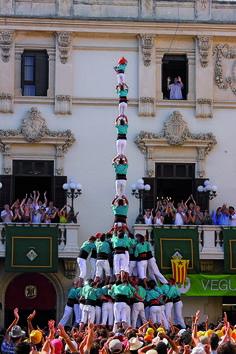 tradiçions catalanes --castelleres---