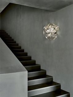 The Hope wall sconce by LucePlan has been designed by Gomez paz francisco, rizzatto paolo. This wall mounted luminaire is perfect for halogen lighting.A series of thin polycarbonate Fresnel lenses, created using imprinted microprisms on polycarbon. Chandeliers, Luce Plan, Hope Light, Luminaire Applique, Traditional Lamps, Stair Lighting, Types Of Lighting, Art Furniture, Lamp Design