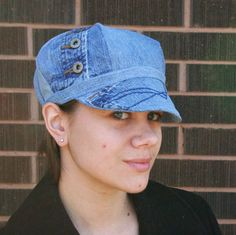 Recycled Jean Newsboy Hat.....I LOVE the way she put this hat together!