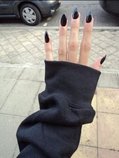 witch nails Black Cats, Black Nails, Beauti, Stiletto Nails, Stilettos, Long Nails, Lets Go, Nail Art, Halloween Nails