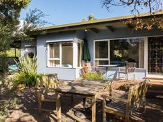 Manyana -70's beach house, a Point Lonsdale House | Stayz
