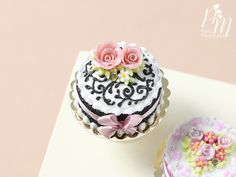 MTO- Miniature Black and White Cake Decorated with Pink Roses - Miniature Food for Dollhouse 12th scale 1:12
