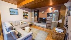 Modern, igényes tanya Békéscsaba határában eladó! - IngatlantanácsadóIngatlantanácsadó Couch, Modern, Furniture, Home Decor, Homemade Home Decor, Sofa, Couches, Home Furnishings, Sofas