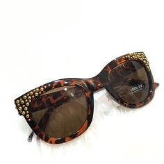 HP 4/27Studded Tortoise Wayfarers Fun sunnies! 100% UV Protection. HP @bella_xox  Please ask ALL questions before you buy as all sales are final. I try to describe the items I sell as accurately as I can but if I missed something, please let me know FIRST so we can resolve it before you leave < 5rating.   TRADES/PP LOWBALLING (Please consider the 20% PM fee) ✅Offers only through the OFFER BUTTON  100% Authentic items   &  Free home Fantas-Eyes Accessories Sunglasses