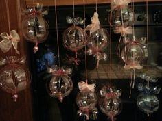 Bottiglie di plastica....ora palline x albero di Natale o x decorare casa