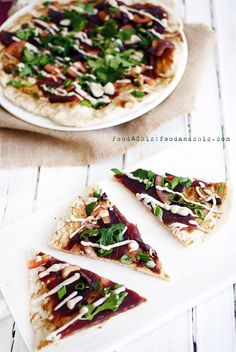 Pizza Morimoto: Pizza de sashimi de atún con alioli de anchoas. @Food&Chic