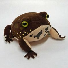 This Common Rain Frog plush was selected by an animal specialist. We would like to introduce our Common Rain Frog Plush. While exhibiting actual animals, we introduce many plush animals. Cute Stuffed Animals, Dinosaur Stuffed Animal, Pet Toys, Doll Toys, Cute Frogs, Frog And Toad, Fauna, Plush Animals, Goblin
