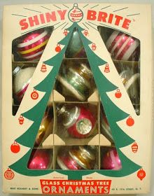 My first Shiny Brite ornaments. If you frequent antique or vintage shops, you've undoubtedly seen Shiny Brite ornaments, even if you ha. Retro Christmas Decorations, Retro Christmas Tree, White Christmas Trees, Vintage Christmas Images, Shabby Chic Christmas, Glass Christmas Tree, Christmas Mantels, Victorian Christmas, Vintage Christmas Ornaments
