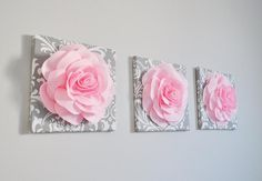 Trio Canvas Set Light Pink Roses on Gray and White Damask art Picture Decor for Bedroom - New Deko Sites Diy Room Decor, Nursery Decor, Bedroom Decor, Nursery Art, Babies Nursery, Rose Nursery, Nursery Letters, Nursery Rugs, Project Nursery