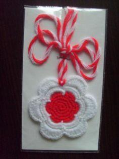 www.artpodaraci.com - product_733 Baba Marta, Crochet Gloves Pattern, Crochet Ornaments, Christmas Crafts, Crochet Earrings, Handmade, Tulips, Roses, Crocheting