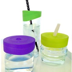 Silicone lids stretch over the top of most glass cups! Great for taking kids to restaurants to avoid spills! - Silikids