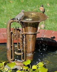 Old Tuba Water Fountain _ Water features are much more than just ponds and can turn anyone's property into a relaxing oasis. Water gardens, decorative fountains, pondless waterfalls and ecosystem ponds are all possibilities for your yard. By utilizing one Outdoor Projects, Garden Projects, Metal Projects, Diy Projects, Project Ideas, Outdoor Ideas, Bird Fountain, Fountain Ideas, Fountain Design