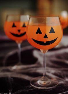 Ideias para decorar sua festa de Halloween http://vilamulher.terra.com.br/decore-sua-festa-de-halloween-rapidinho-17-1-7886462-27.html #halloween