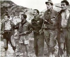 """Partigiani della banda """"BANDA CORBARI""""-Ottobre 1944 Italian Campaign, World War Two, Wwii, Revolution, Italy, Badass, History, Modern, Comics"""