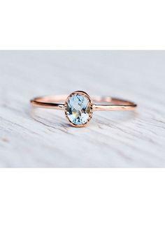 Wunderschöner Ring in Rosé Gold und dem Symbol der Liebe auf der Innenseite. <3