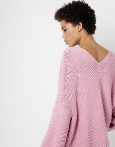 Vivienne Cardigan | Knit it or buy it | woolandthegang.com