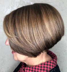 Stacked Jaw-Length Bob