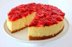 New York-Style Cheese Cake with Strawberry Glaze