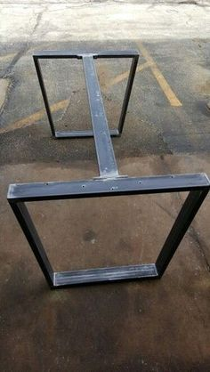Estructura mesa cocina table Trapezoid Steel Legs with 1 Brace, Model Dining Table Industrial Legs, Set of 2 Legs and 1 Brace Reclaimed Wood Dining Table, Metal Dining Table, Wood Table, Dining Table Centerpieces, Metal Tables, Dining Room, Dining Tables, Kitchen Dining, Welded Furniture