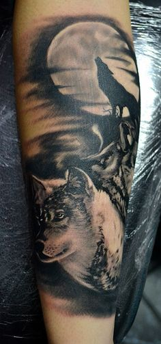 Super Tattoo Wolf Moon Backgrounds Ideas The Effective Pictures We Offer You About tattoo bu Tattoos Masculinas, Armband Tattoos, Wolf Tattoos Men, Tattoos Mandala, Native Tattoos, Sweet Tattoos, Animal Tattoos, Tattoos For Guys, Tatoos