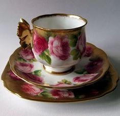 'Old English Rose' pattern with heavy brushed gold trim - sumptuous and gorgeous - Royal Albert Reg. Nº 769616 Pattern #6241 butterfly handles