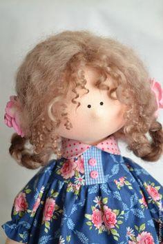 Аннушка - синий,розовый,лейка,интерьерная кукла,авторская ручная работа