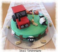 Silvia's Tortenträume: Kuchen Fondant Cake Bauernhof  Kindergeburtstag Geburtstag Kinder Anleitung Tutorial Shaun Traktor Zaun Schweine Stroh