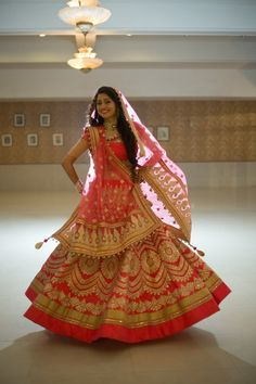 All Ethnic Customization with Hand Embroidery & beautiful Zardosi Art by Expert & Experienced Artist That reflect in Blouse , Lehenga & Sarees Designer creativity that will sunshine You & your Party Worldwide Delivery. Lehenga Wedding Bridal, Indian Wedding Bride, Designer Bridal Lehenga, Indian Bridal Lehenga, Desi Wedding, Indian Bridal Photos, Indian Bridal Outfits, Indian Bridal Fashion, Indian Bridal Wear
