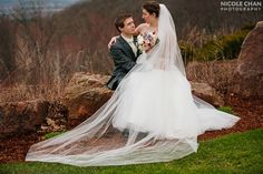 New England Log Cabin wedding in Holyoke, MA photographed by Nicole Chan Photography