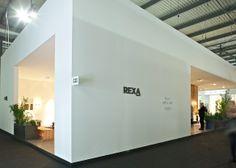 Vista esterna stand Rexa Design