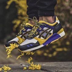Asics Gel Lyte III - Chubster favourite ! - Coup de cœur du Chubster ! - shoes for men - chaussures pour homme - #chubster #barnab #kicks #kicksonfire #newkicks #newshoes #sneakerhead #sneakerfreak #sneakerporn #trainers #sneakers #sneaker #shoeporn #sneakerholics #shoegasm #boots #sneakershead #yeezy #sneakerspics #solecollector #sneakerslegends #sneakershoes #sneakershouts