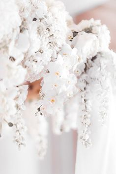 Pure romance that will make you weak in the knees due to its endless, soft modern romance wedding inspiration overload. Modern Romance, Pure Romance, Luxury Wedding Venues, Wedding Vendors, Weak In The Knees, Romantic Weddings, Wedding Invitations, Wedding Day, Wedding Inspiration